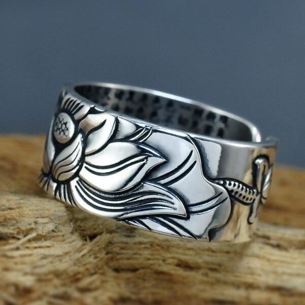 Sterling Silver Lotus Ring with Heart Sutra 3